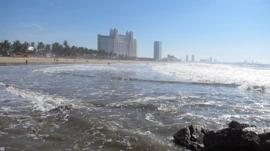 VIDEO OF SEA WAVES AND SOUND AT RIU EMERALD BAY, MEXICO