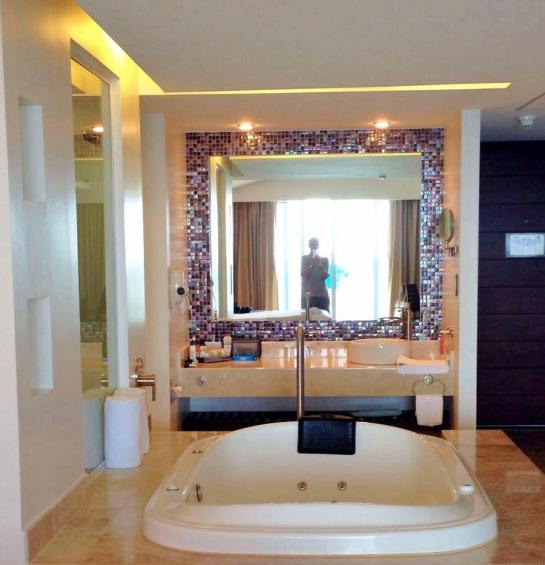 DELUXE SUITE MIRROR WITH SEMI PRECIOUS STONES