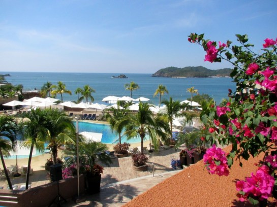 VIEW OF ISLA IXTAPA & THE PACIFIC
