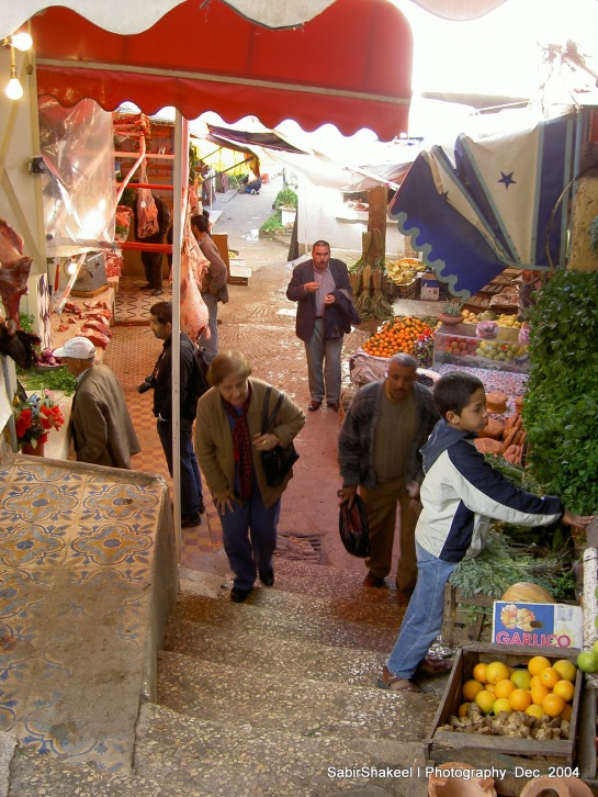 Morocco, Moulay Idris: Shopping for lunch